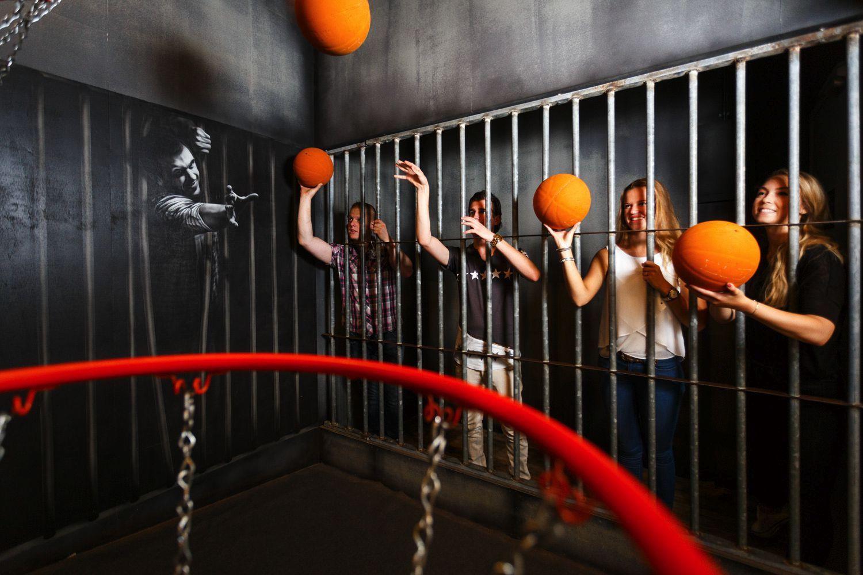 Prison island skolklass