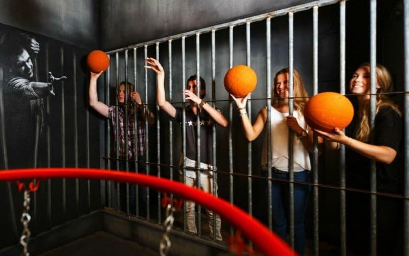 Basket cell på Prison Island rymningsspel